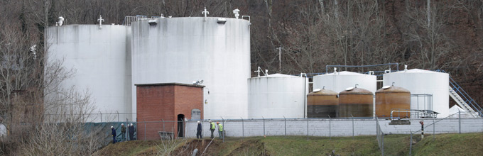 West Virginia Chemical Spill Oversight Blamed